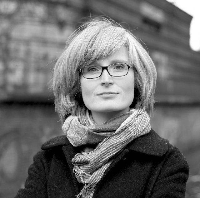 Portrait von Karen Grunow, Journalistin, Autorin und Kunsthistorikerin