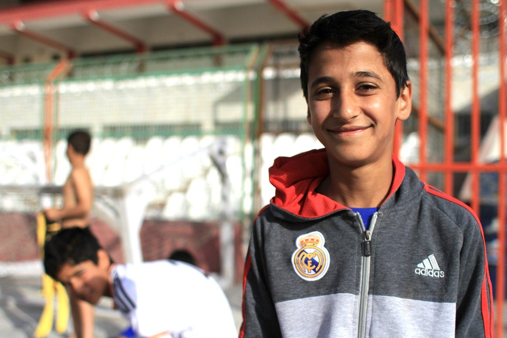 Der Fußballer. Rashid will Fußballer werden. Am besten wie Cristiano Ronaldo.