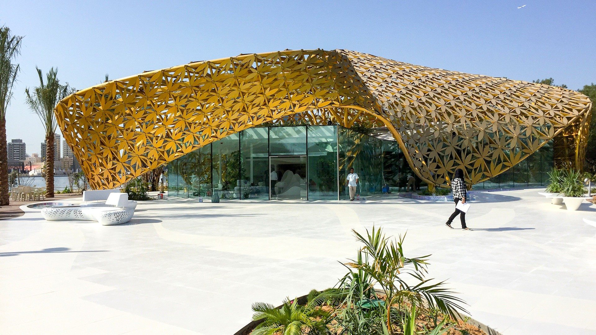 "Butterfly Pavilion. ""The entire roof structure was prefabricated and then simply assembled on site."" 3deluxe"