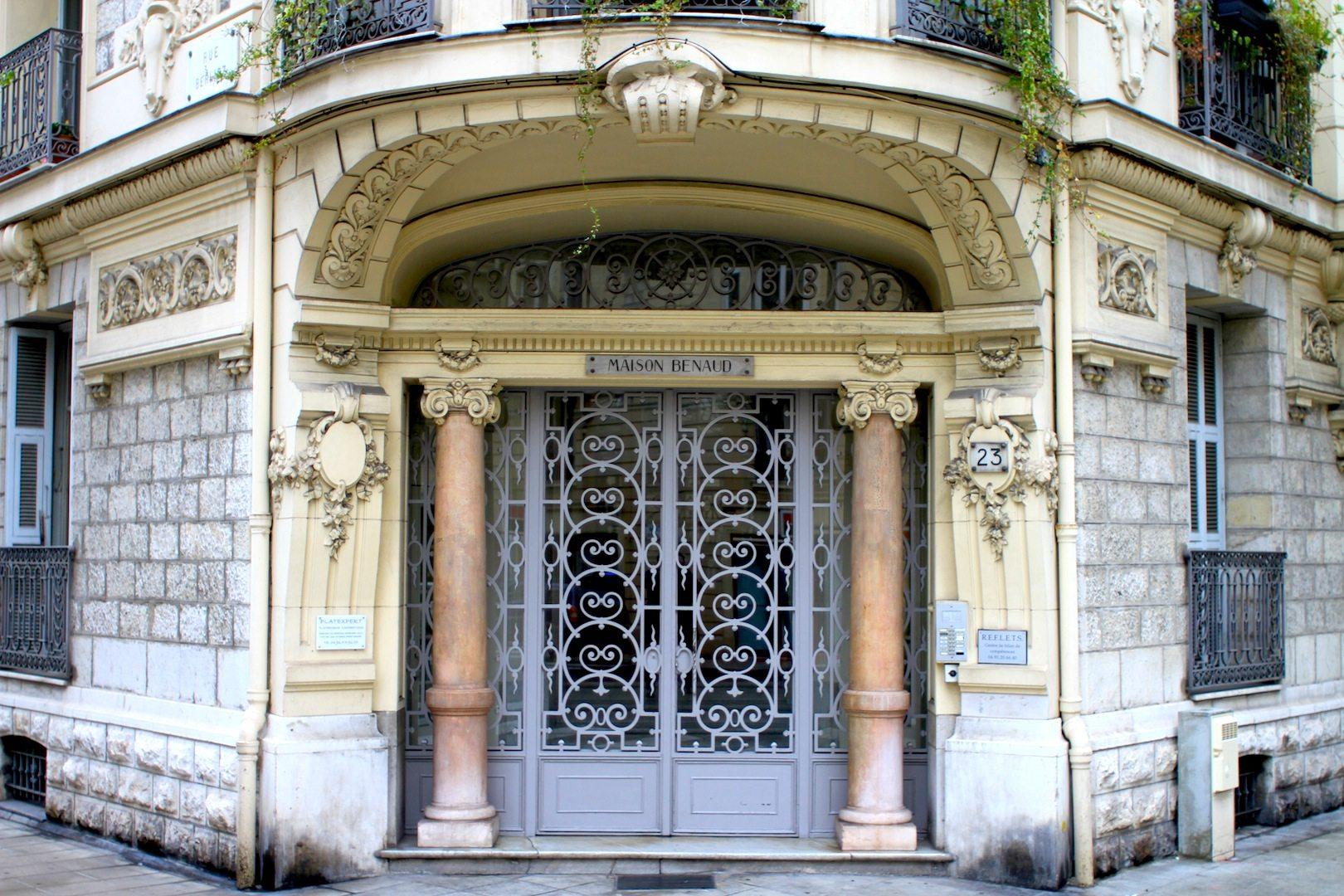 Maison Benaud.  Rue Berlioz / Rue Rossini, Nizza