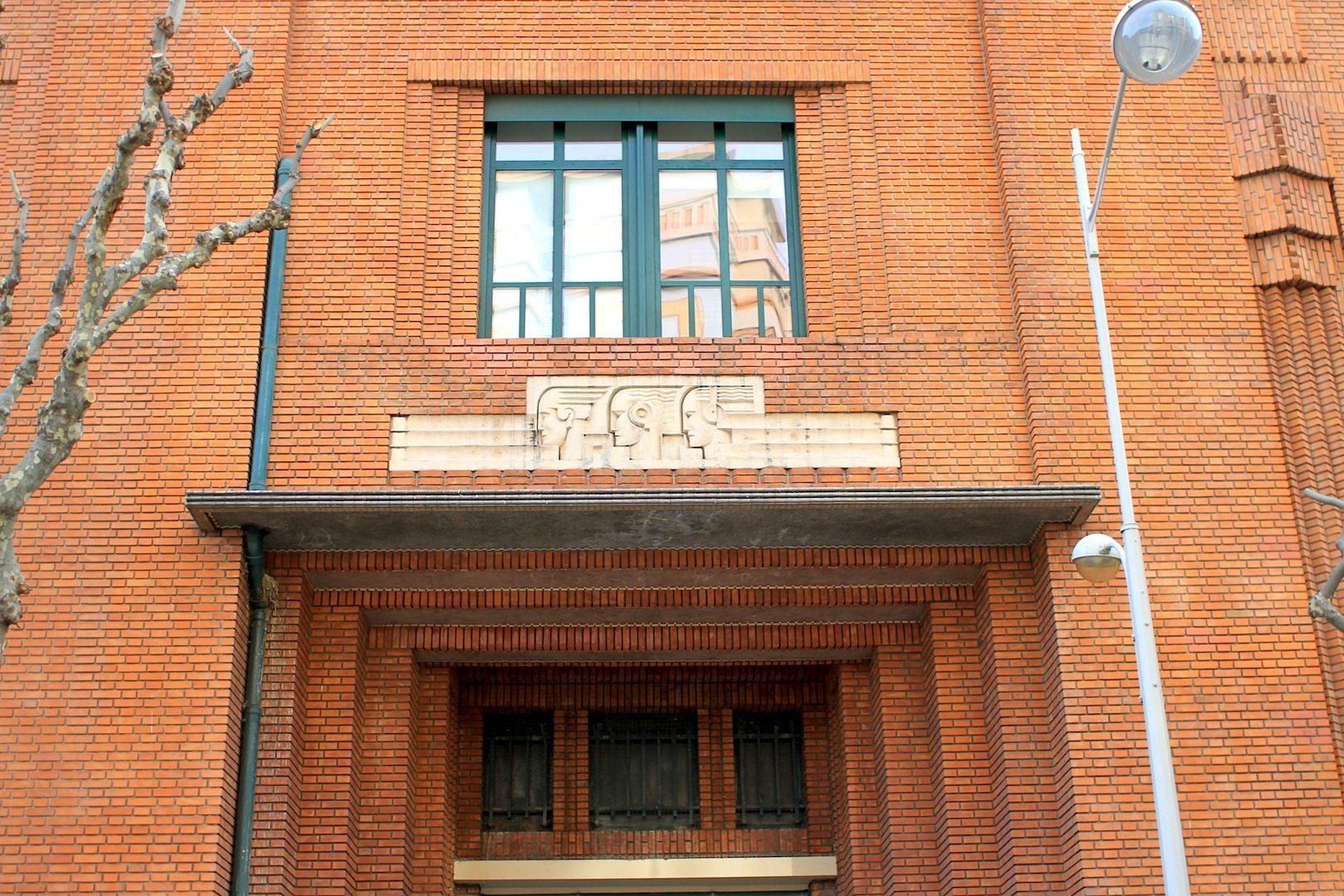 Poste Thiers.  Fertigstellung: 1931. Architekt: Guillaume Tronchet.