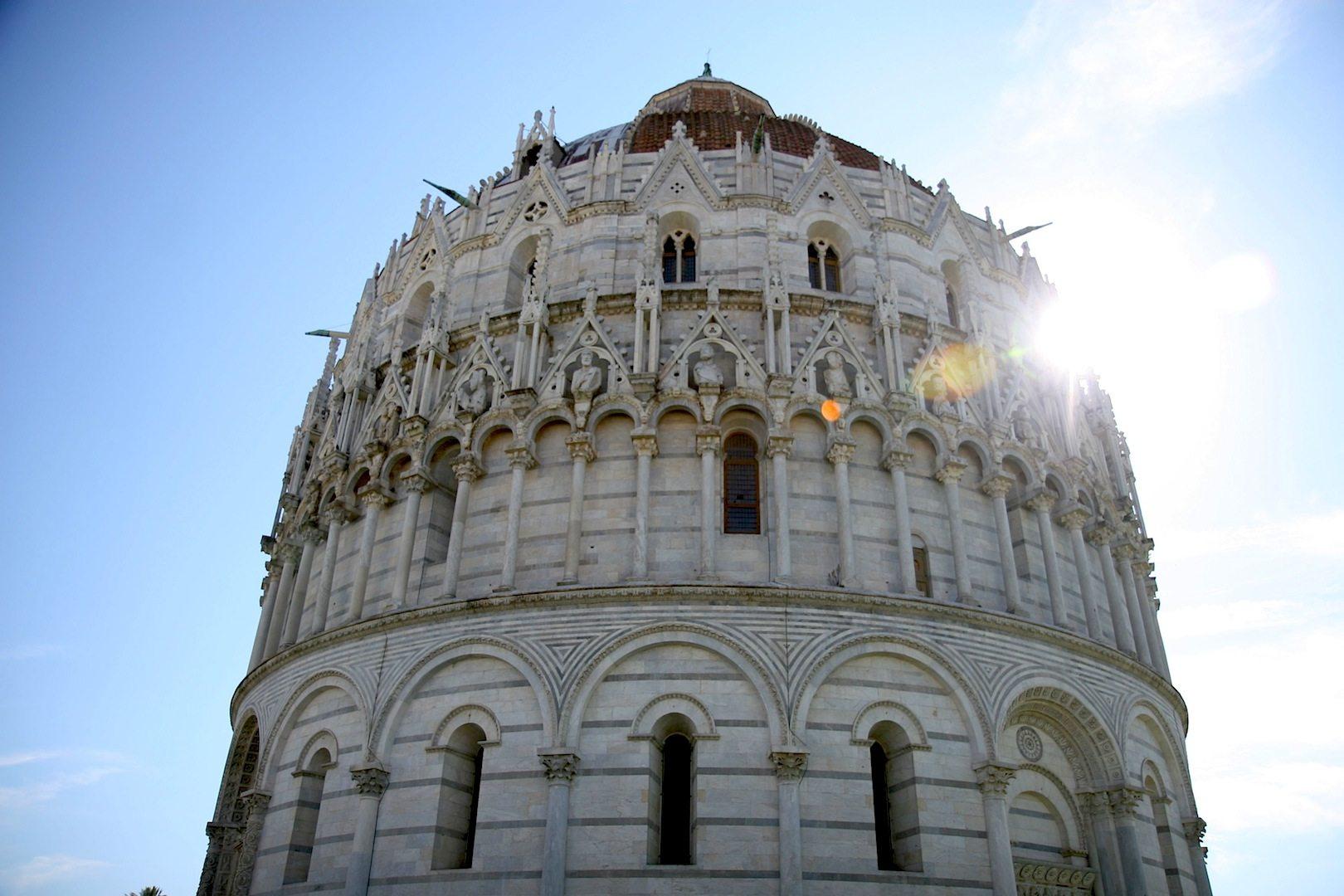 Baptisterium. Taufkirche des Doms in Pisa