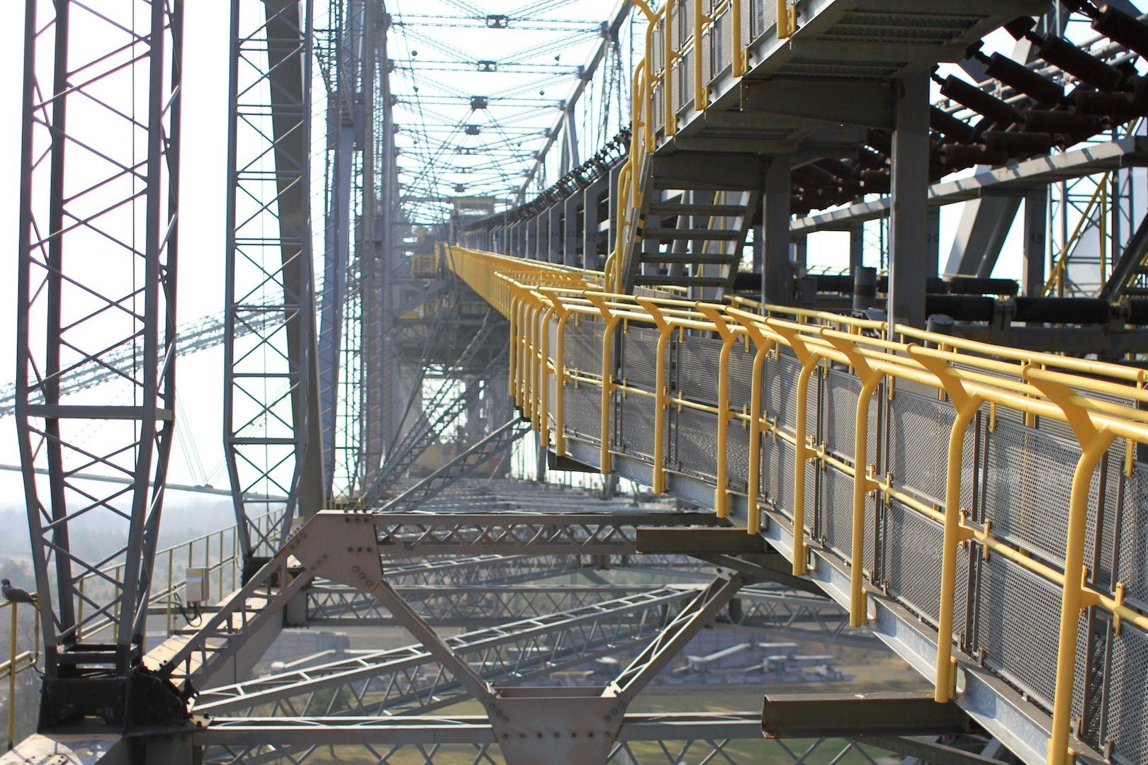F60. Diese Brücke ist die letzte von fünf gebauten Seriengeräten.