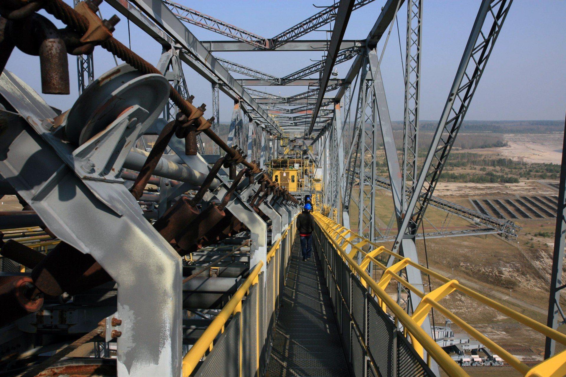 F60. 1998: Erwerb der Förderbrücke durch die Gemeinde Lichterfeld-Schacksdorf bei Finsterwalde