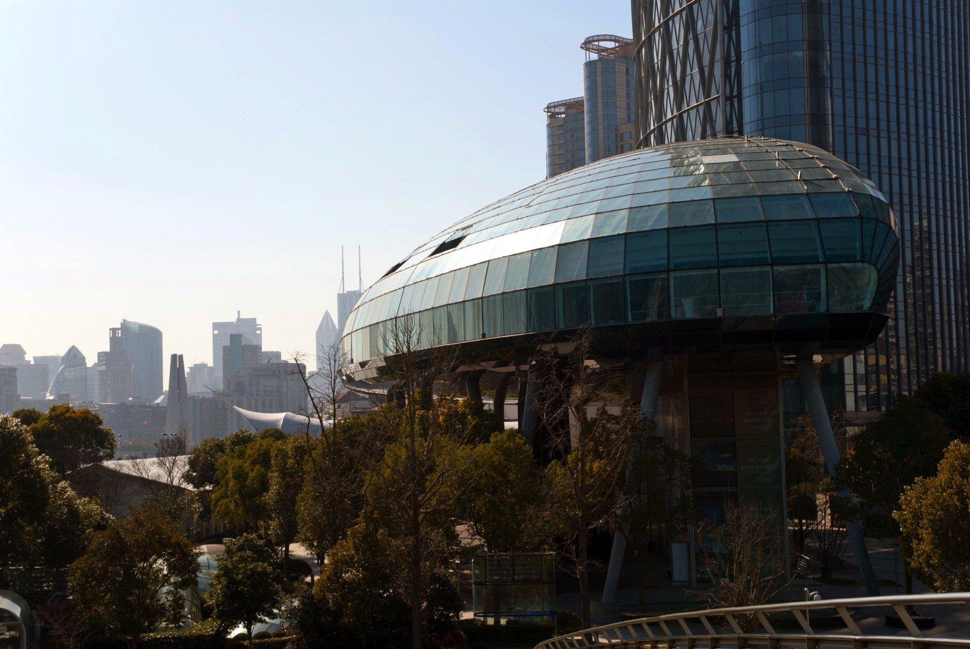 Shanghai Port International Cruise Terminal.  2010 – Shanghai, Puxi, Hongkou. Von Frank Repas Architecture. Der Shanghai Port International Cruise Terminal besitzt einen Gebäudeabschnitt mit der größten und komplexesten, jemals gebauten Blasenstruktur.