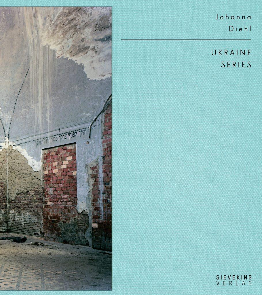 Ukraine Series.  Ist für den deutschen Foto-Buchpreis 2016 nominiert und im Sieveking Verlag erschienen