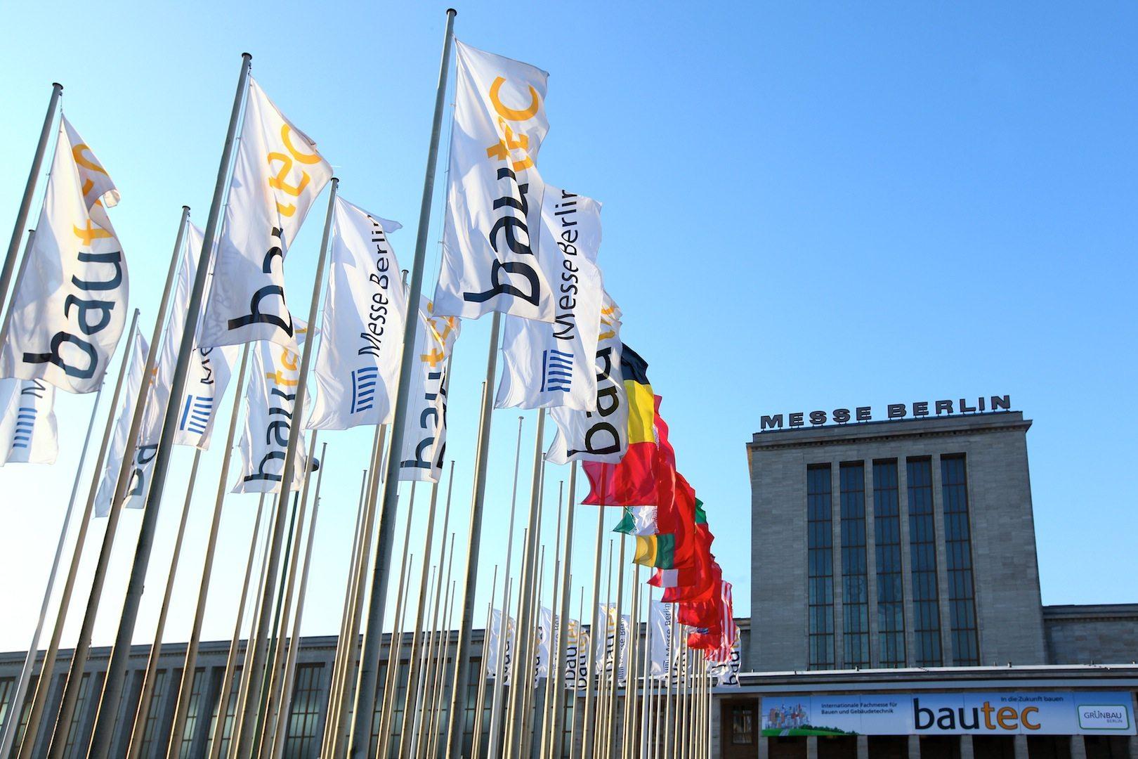 Bautec 2016. Eine der bedeutendsten Baufachmessen Deutschlands ist 2016 zum 17. Mal durchgeführt worden