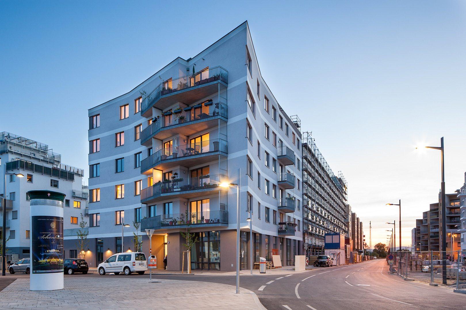 Jaspern. Partizipatives Passivhaus-Baugruppenprojekt der Seestadt, das sich durch höchsten energetischen Standard, besonderen Nutzer-Komfort, einen innovativen sozio-kulturellen Ansatz zum Wohnen in Gemeinschaft sowie ein ökologisches Gebäude- und Freiraumkonzept auszeichnet