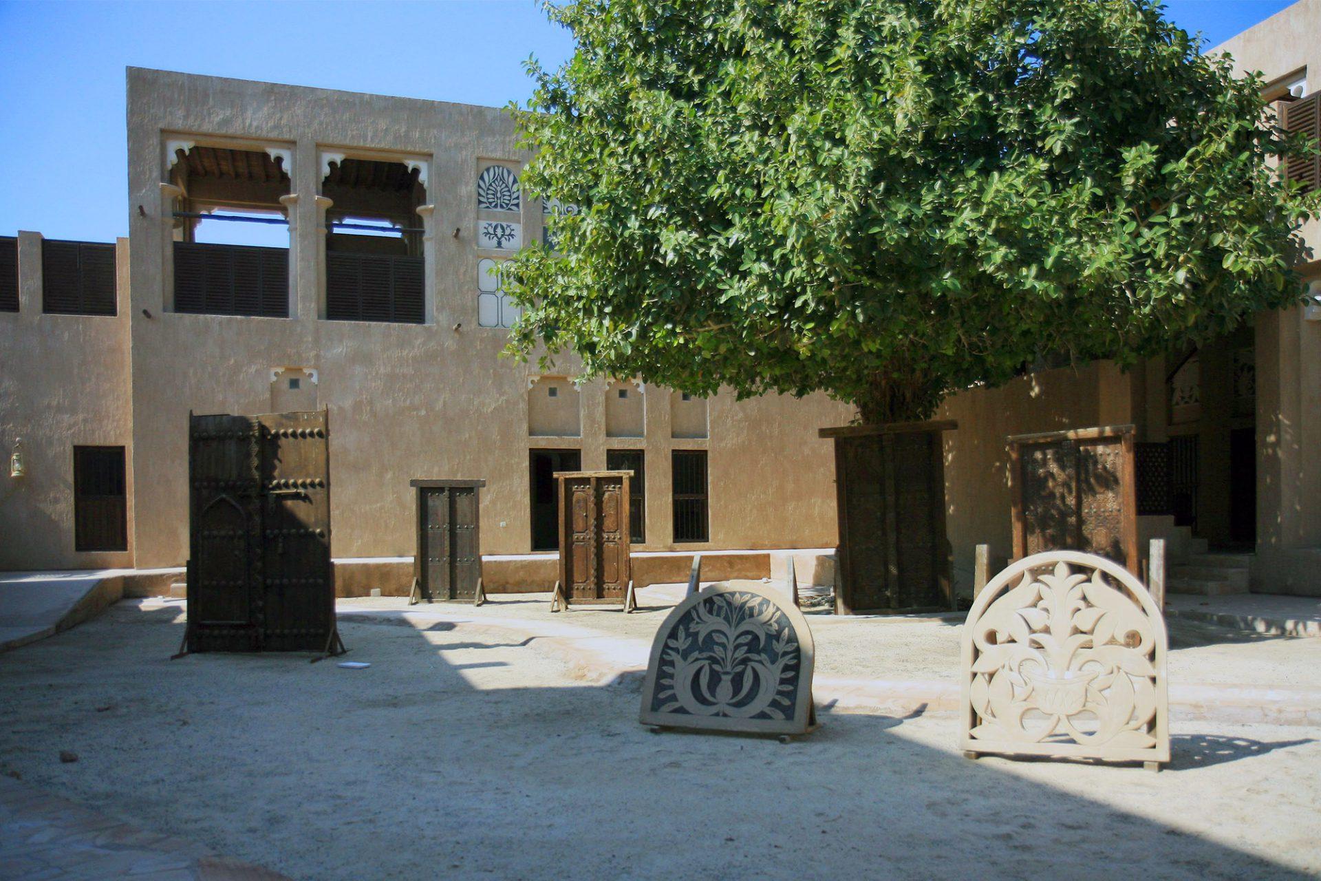 Architecture Museum. Die Dauerausstellung gibt einen guten Einblick in die traditionelle Baukultur des Landes.