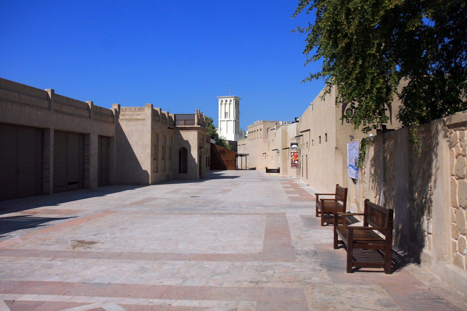 Al Bastakiya. Das restaurierte Viertel ist heute nicht nur ein großes Freilichtmuseum ...