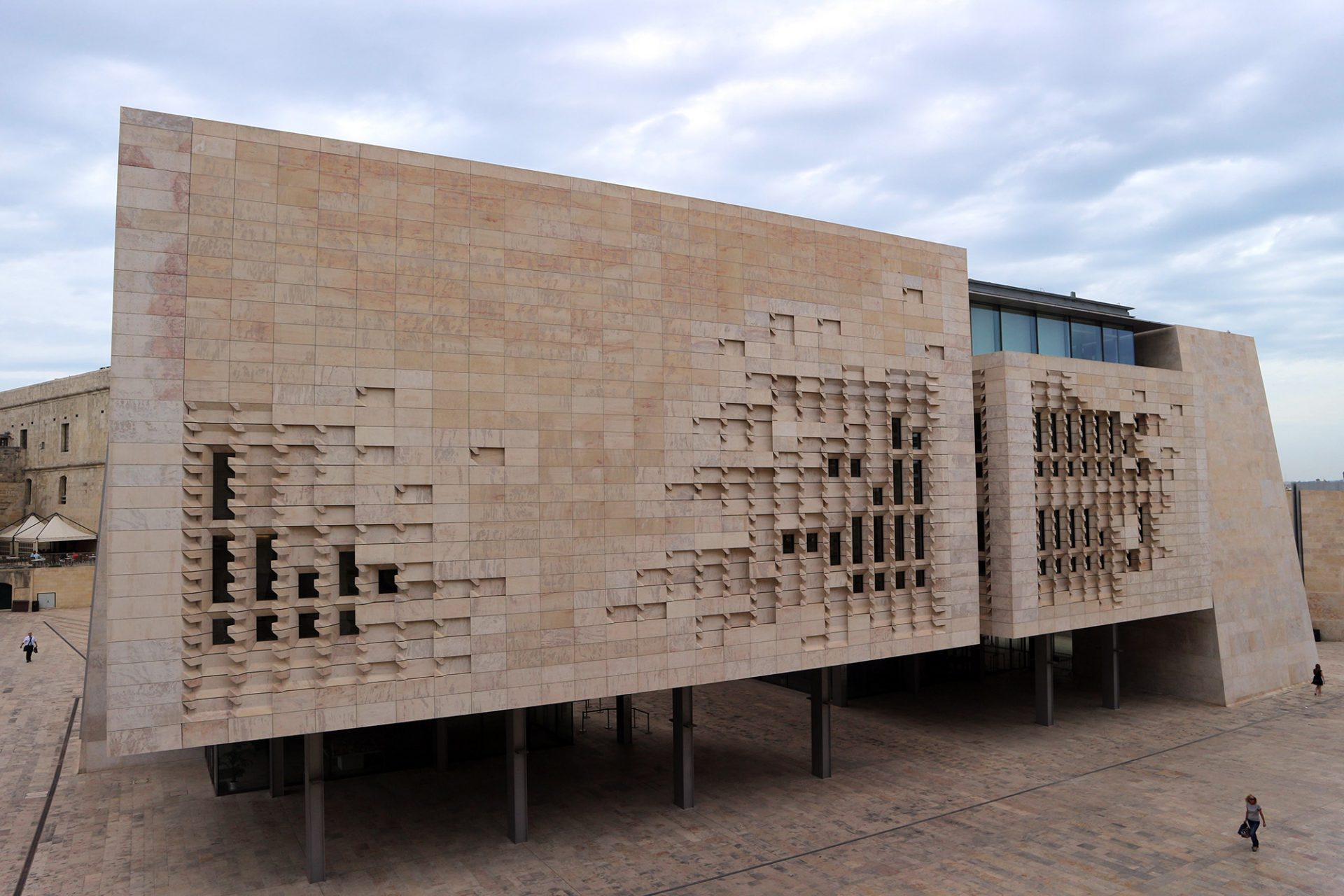 City Gate und Parlament von Renzo Piano