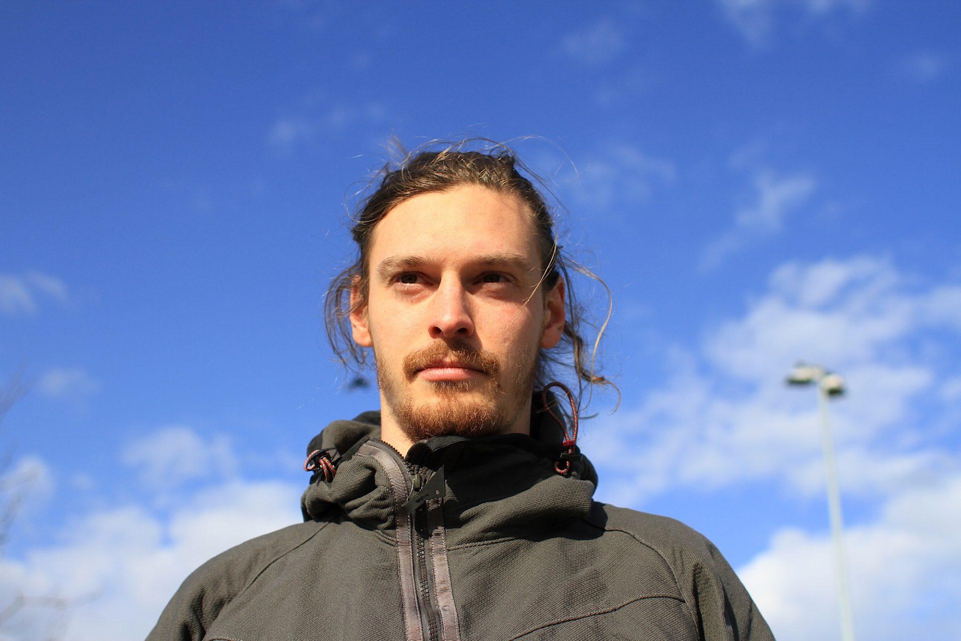 Joseph Bartz. Lehrt Bewegung in Berlin und anderswo.