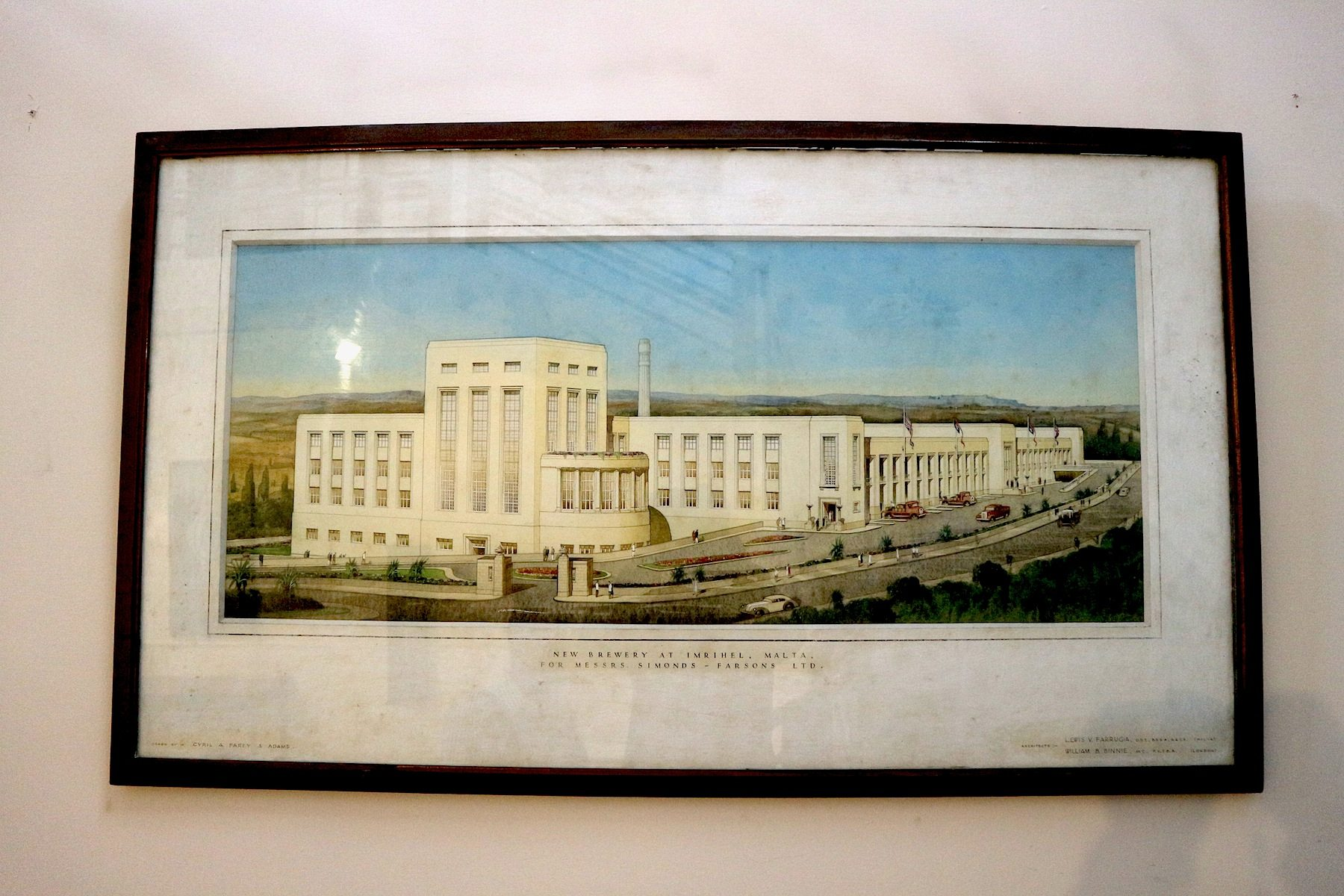 Historisch.  Bild der alten Brauerei, die 1950 eröffnet wurde.