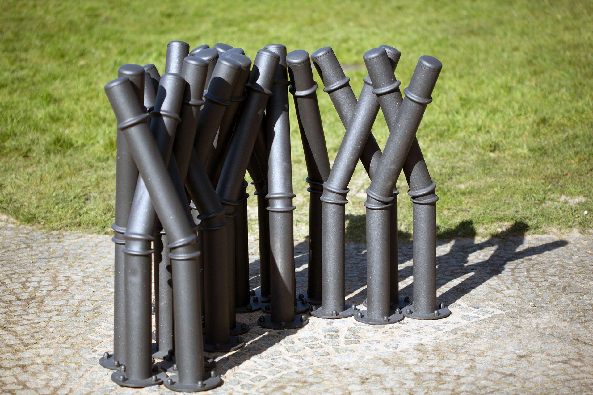 """""""Viktoria"""".  Das Kunstwerk von Bettina Pousttchi ist seit 2016 neu in der Sammlung des Skulpturenparks zu sehen."""