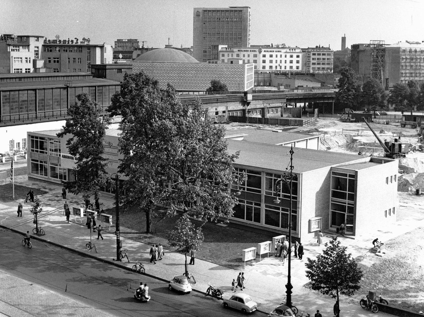 Amerika Haus. Ansicht von oben, 1957