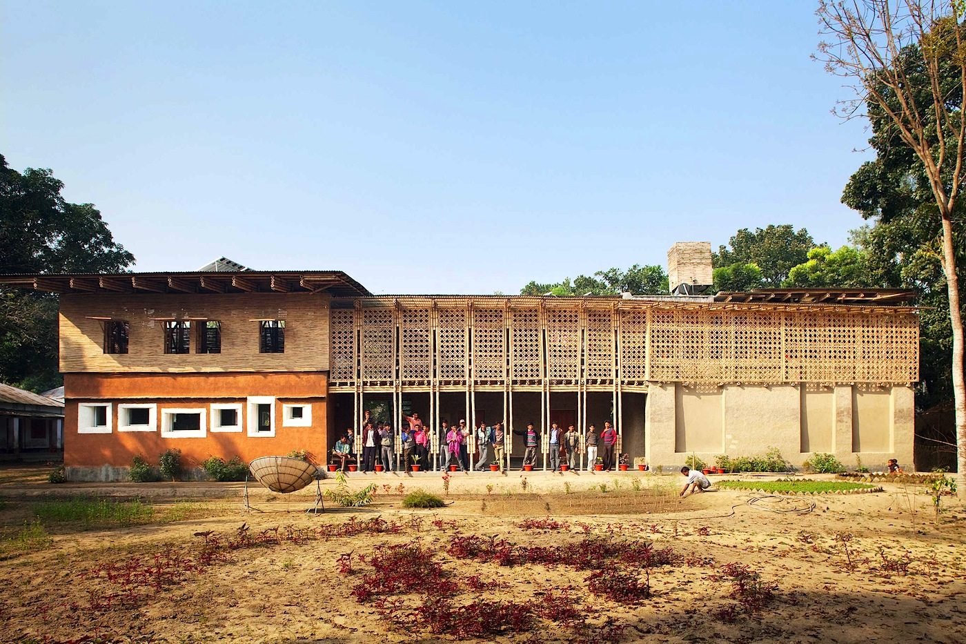 DESI Fortbildungszentrum.  In Rudrapur, Bangladesch, von Anna Heringer – Finalistin