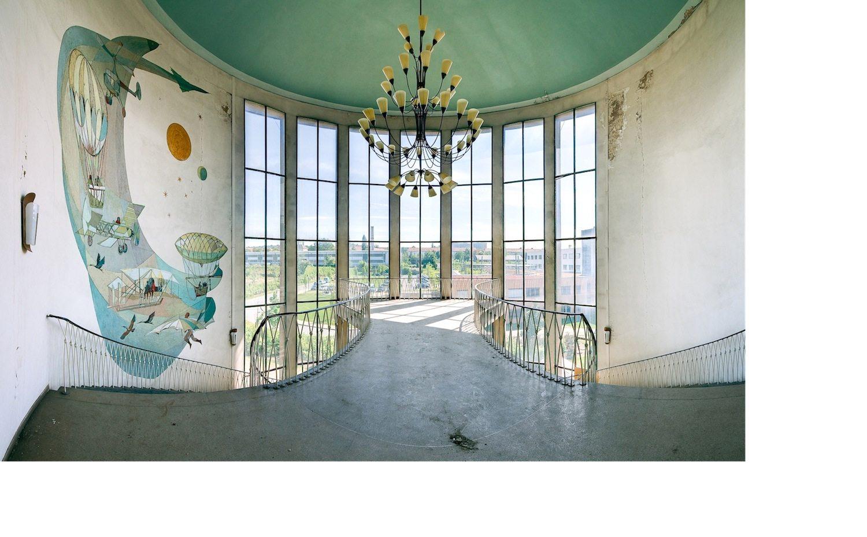 Treppenhaus mit Wandbild