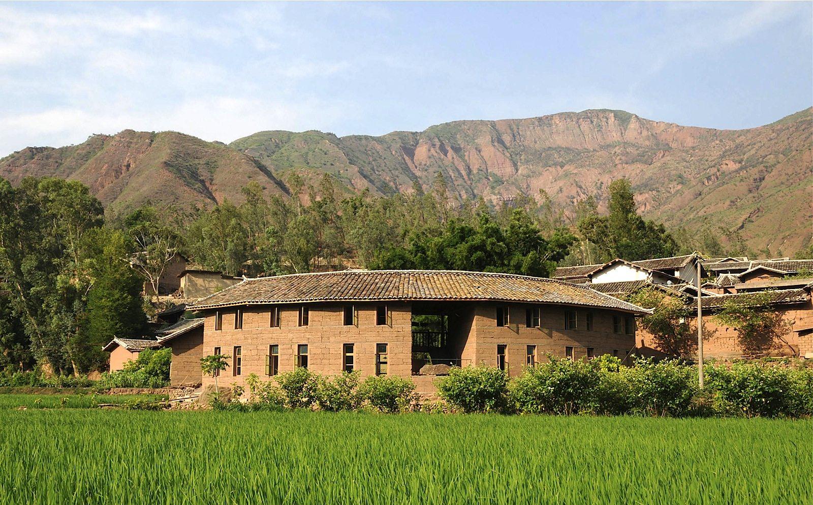 Wiederaufbau eines vom Erdbeben zerstörten Dorfes.  In Ma'anqiao, China, von Mu Jun, Edward Ng, Zhou Tiegang, Wan Li, Ma Jie
