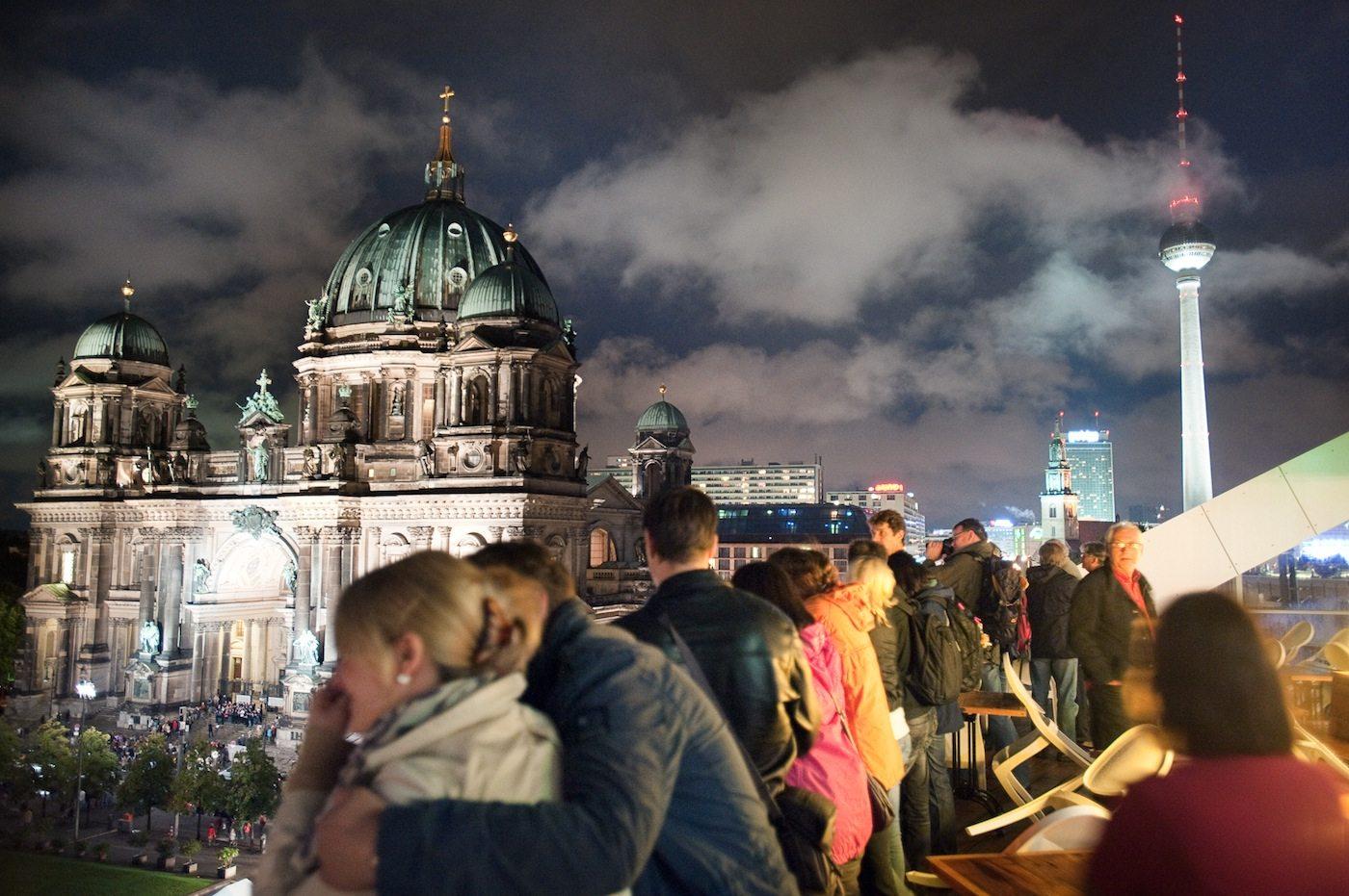 Panorama. Von der Dachterrasse der Bertelsmanns Stiftung