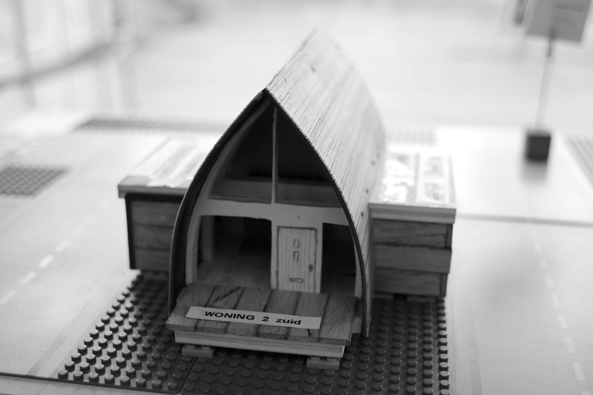 """Living Free. Your Tiny House Almere"".  Ob Profis, Laien, Architekten oder begabte Do-it-Yourself-Bastler: jede/r konnte sich bewerben bei  ""Tiny Housing BouwEXPO"" bewerben."