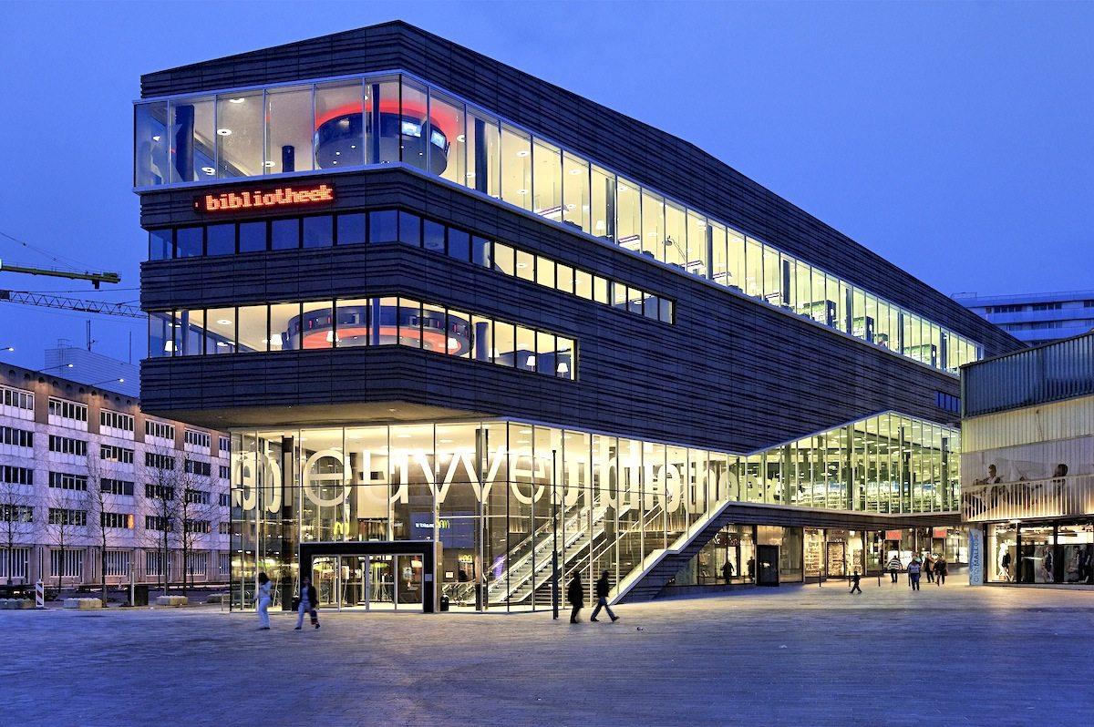 De Nieuwe Bibliotheek.