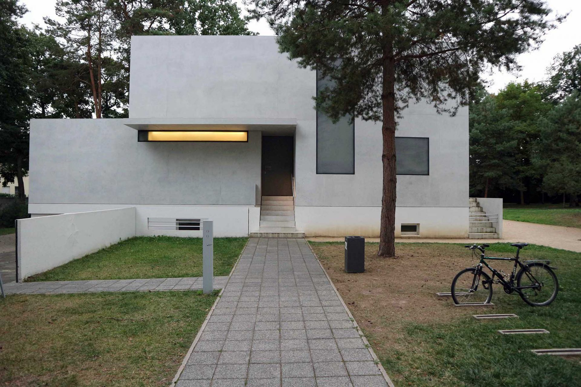 Meisterhaus.