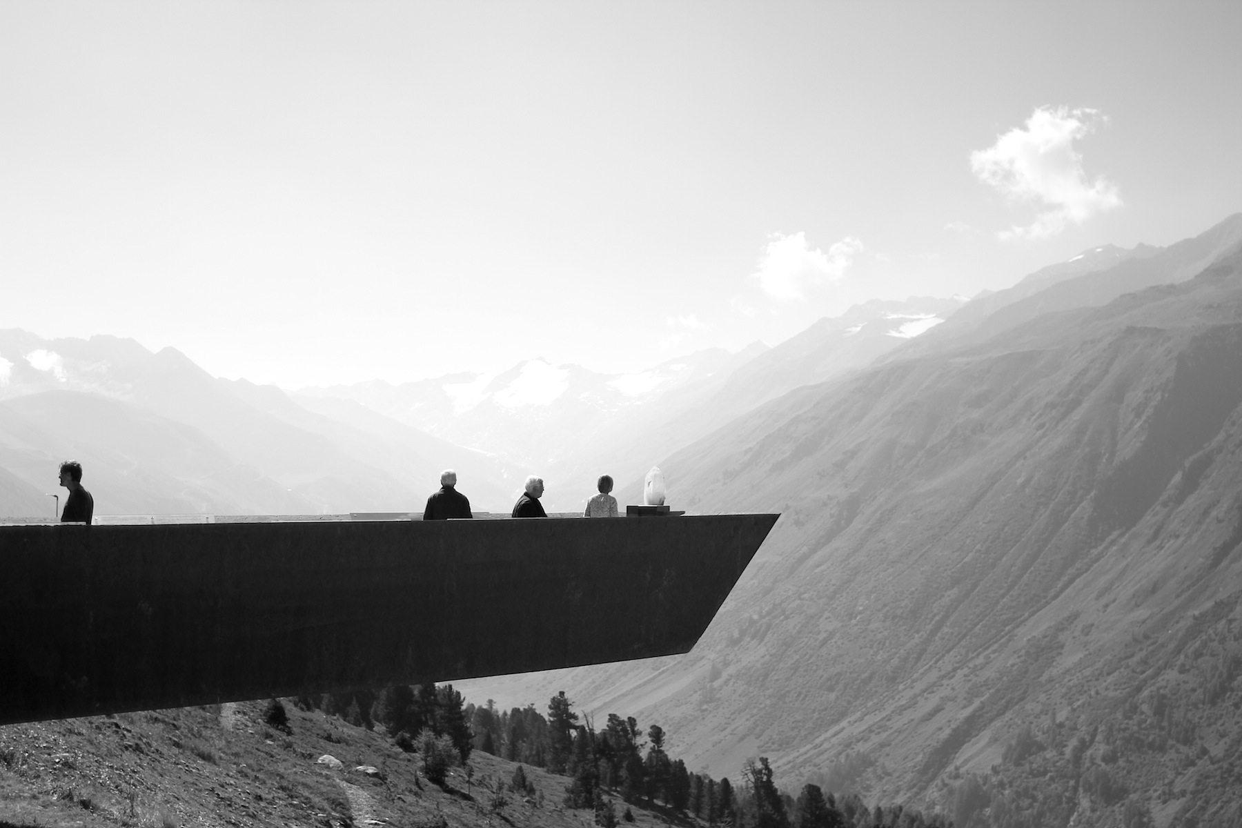 Der Steg. Bei der Mautstation in Hochgurgl, noch auf Nordtiroler Seite, befindet sich
