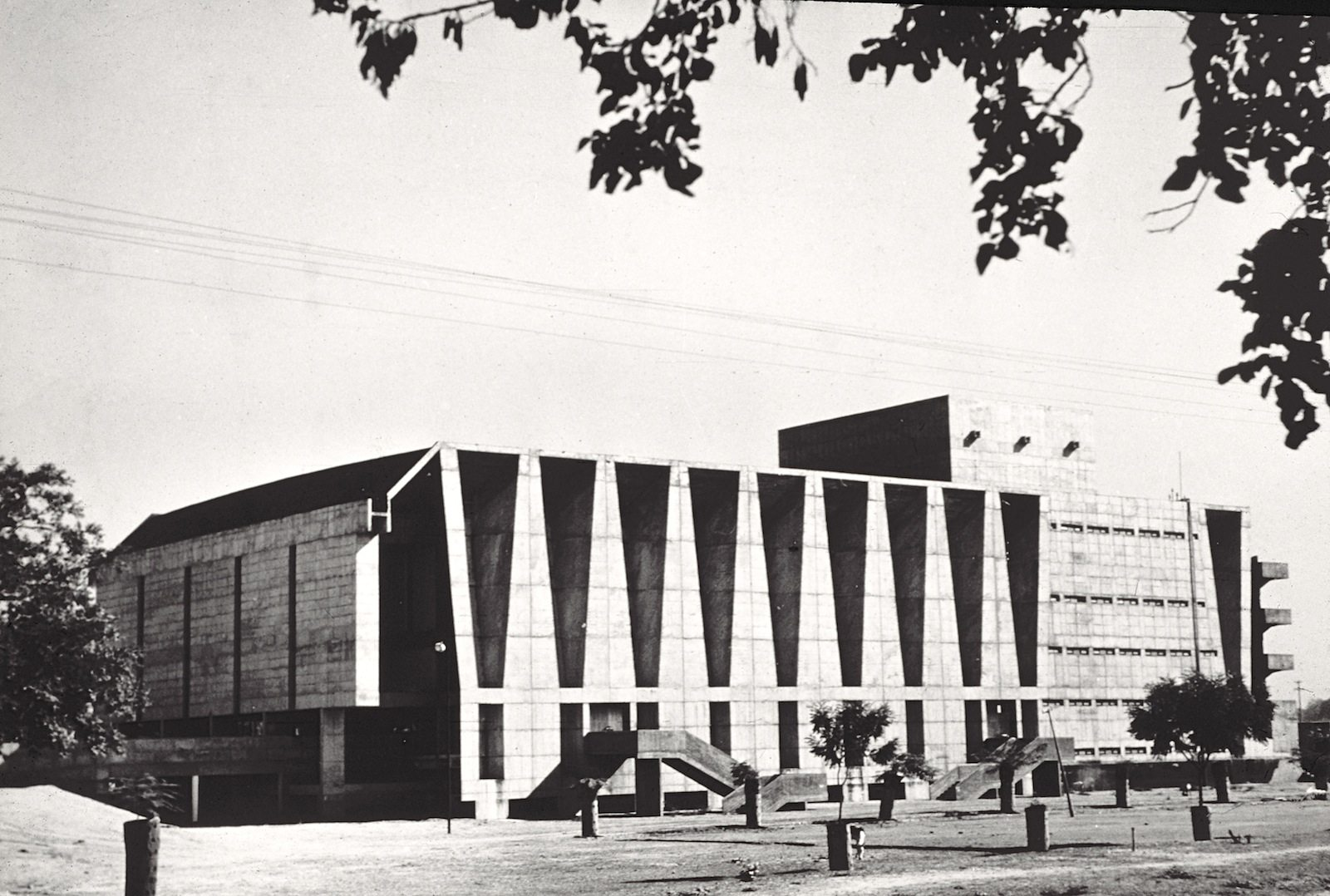 Tagore Memorial Theatre, Ahmedabad, 1965. Architect: B. V. Doshi. Engineer: Mahendra Raj