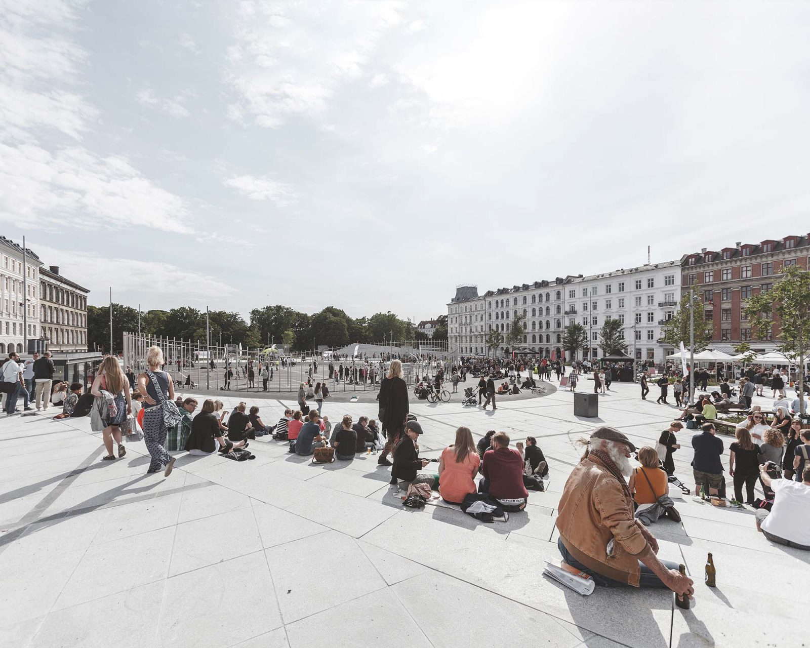 Israel Plads. Renewal of Israel's Square, size: 12.500 square metre. The new Israels Plads consists of a folded surface floating above the ground - like a flying carpet. The square, or surface, hovers between two worlds: the city and the neighboring Ørsted Park.