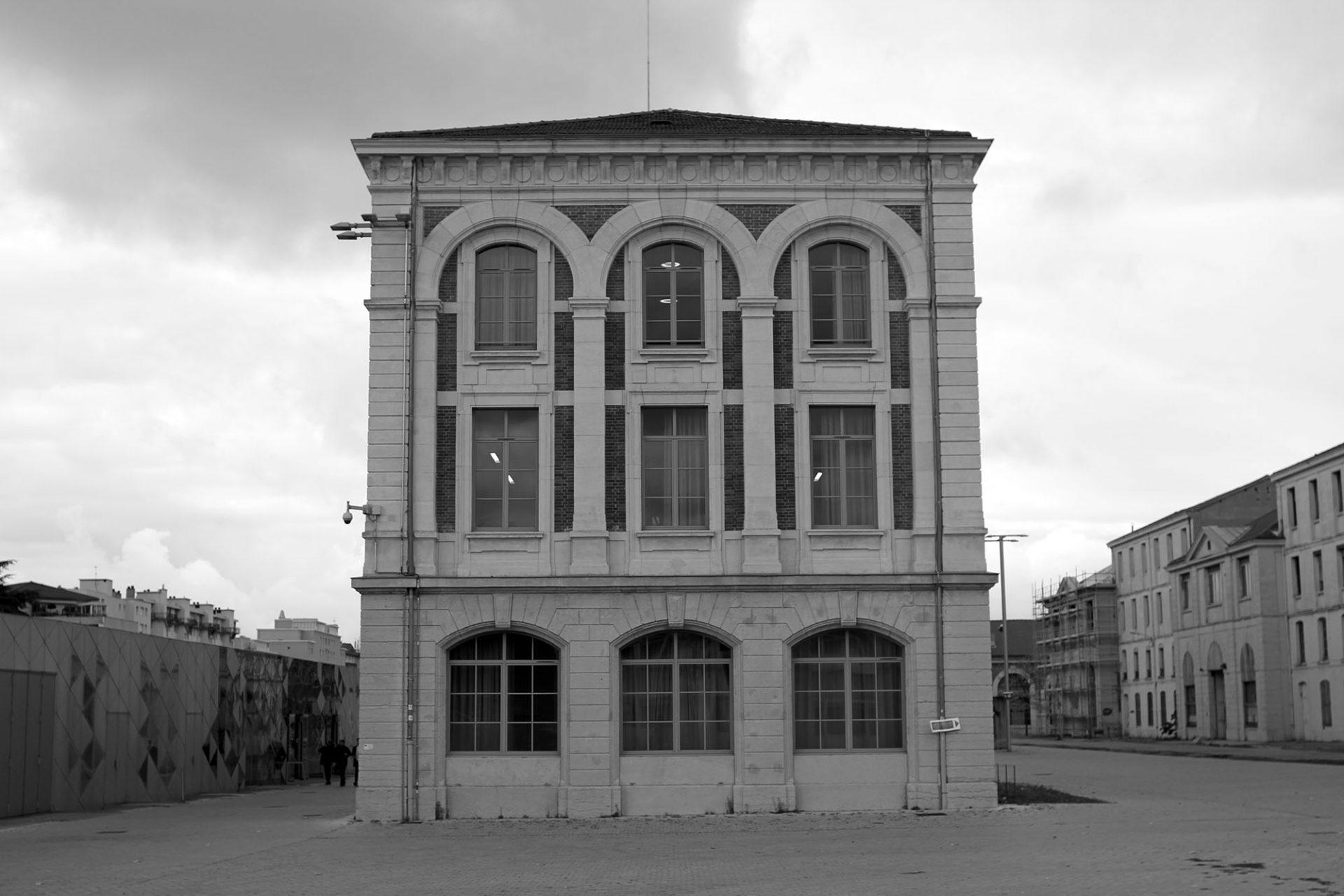 Cité du Design.  Historische Fabrikationsbauten der ehemaligen Königlichen Waffenmanufaktur.