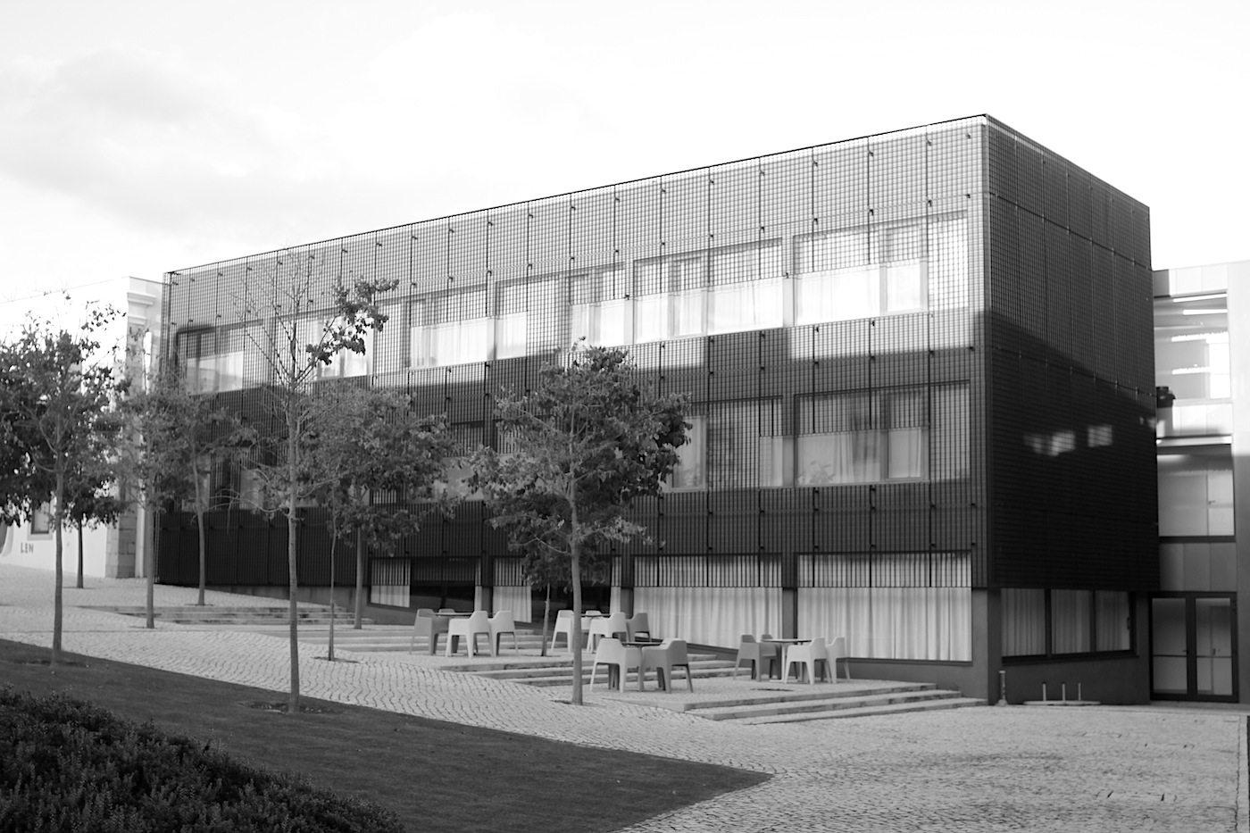Cidadela de Cascais. Einziger Neubau in der Anlage.