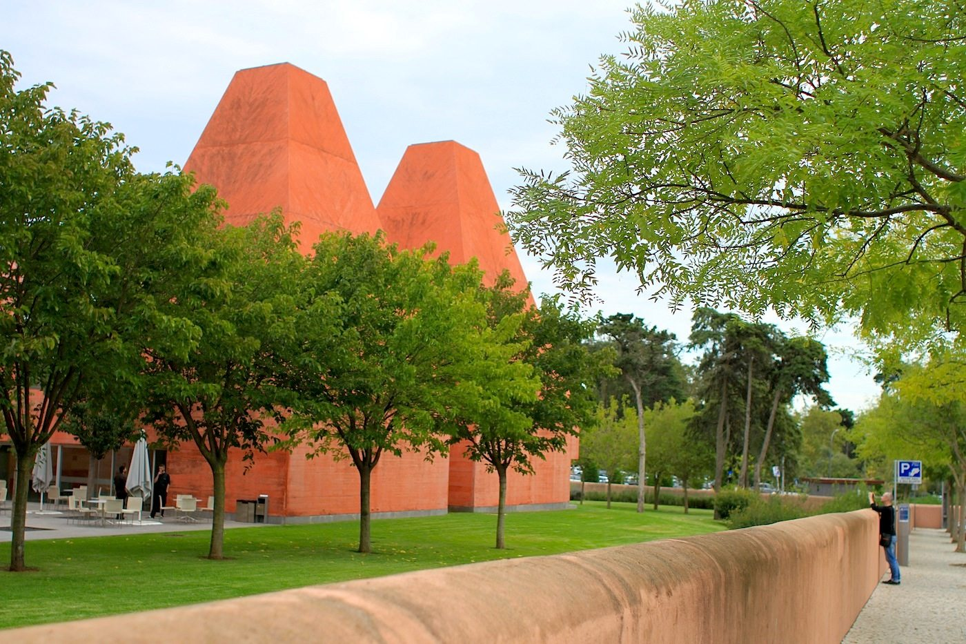 Haus der Geschichten Paula Rego.  2009 eröffnet, geplant von Eduardo Souto de Moura, Architekt und Pritzker-Preisträger.