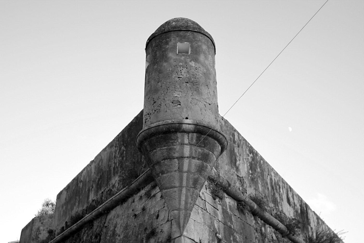 Cidadela de Cascais.  Die 400 Jahre alte Festung war einst eine der wichtigsten Anlagen zur Verteidigung des Umlands von Lissabon.