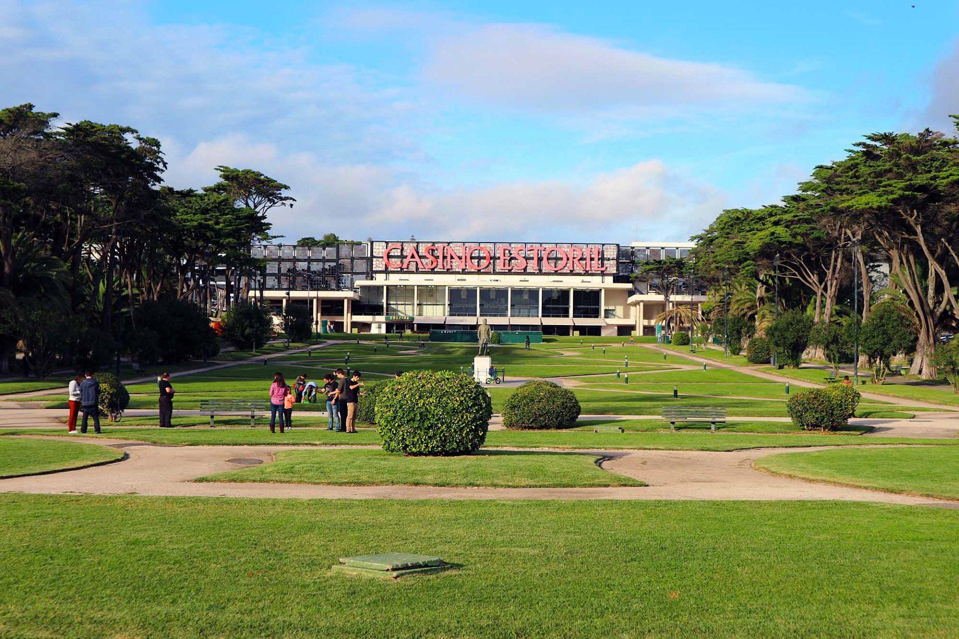 Jardim do Estoril. Die Inszenierung des Spielglücks.