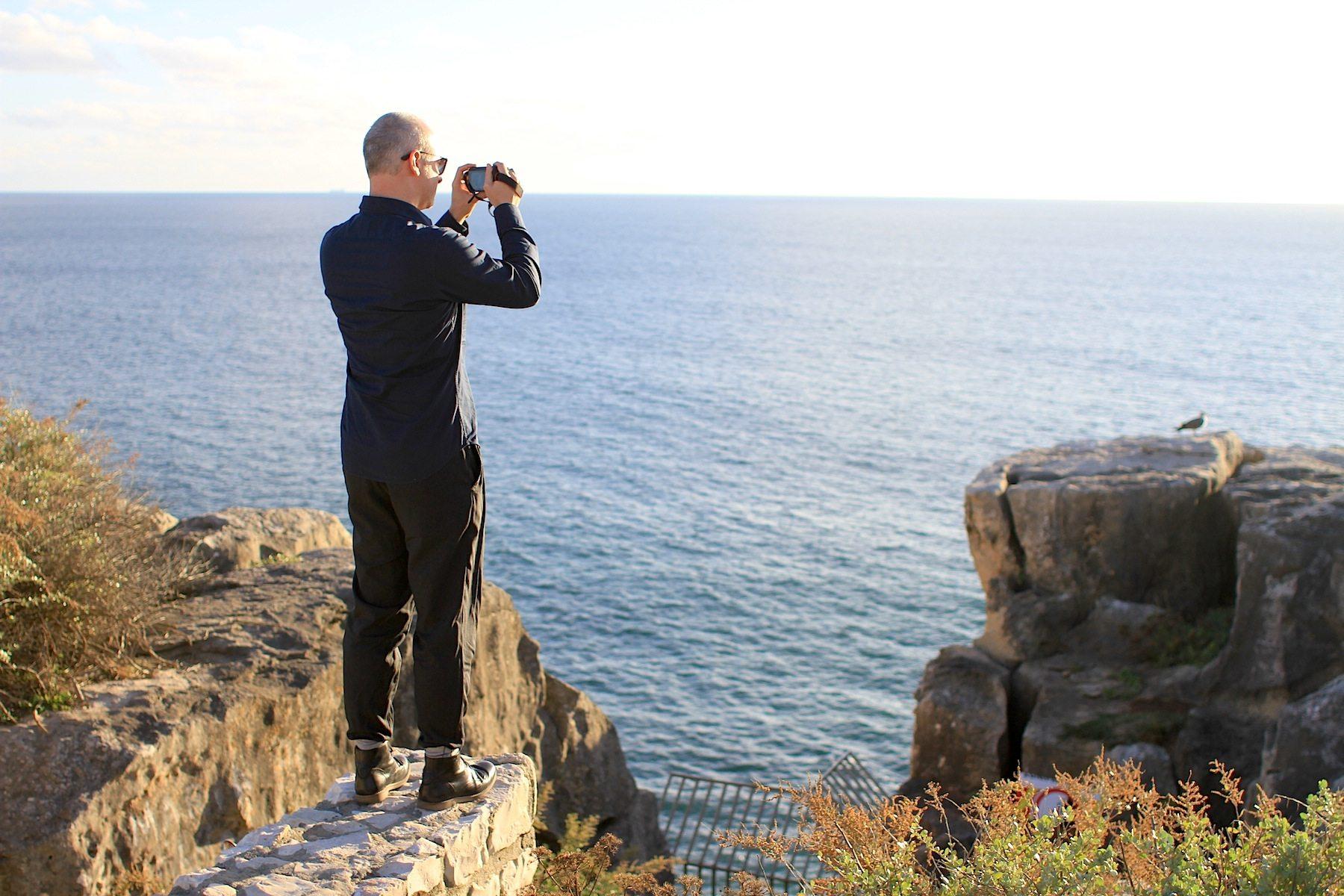 Aussichten. Wer genug von Museen, Architekturen und Kulturstätten hat, wendet sich den anderen Reizen dieses schönen Landstrichs zu: Natur, Meer und weite Blicke.