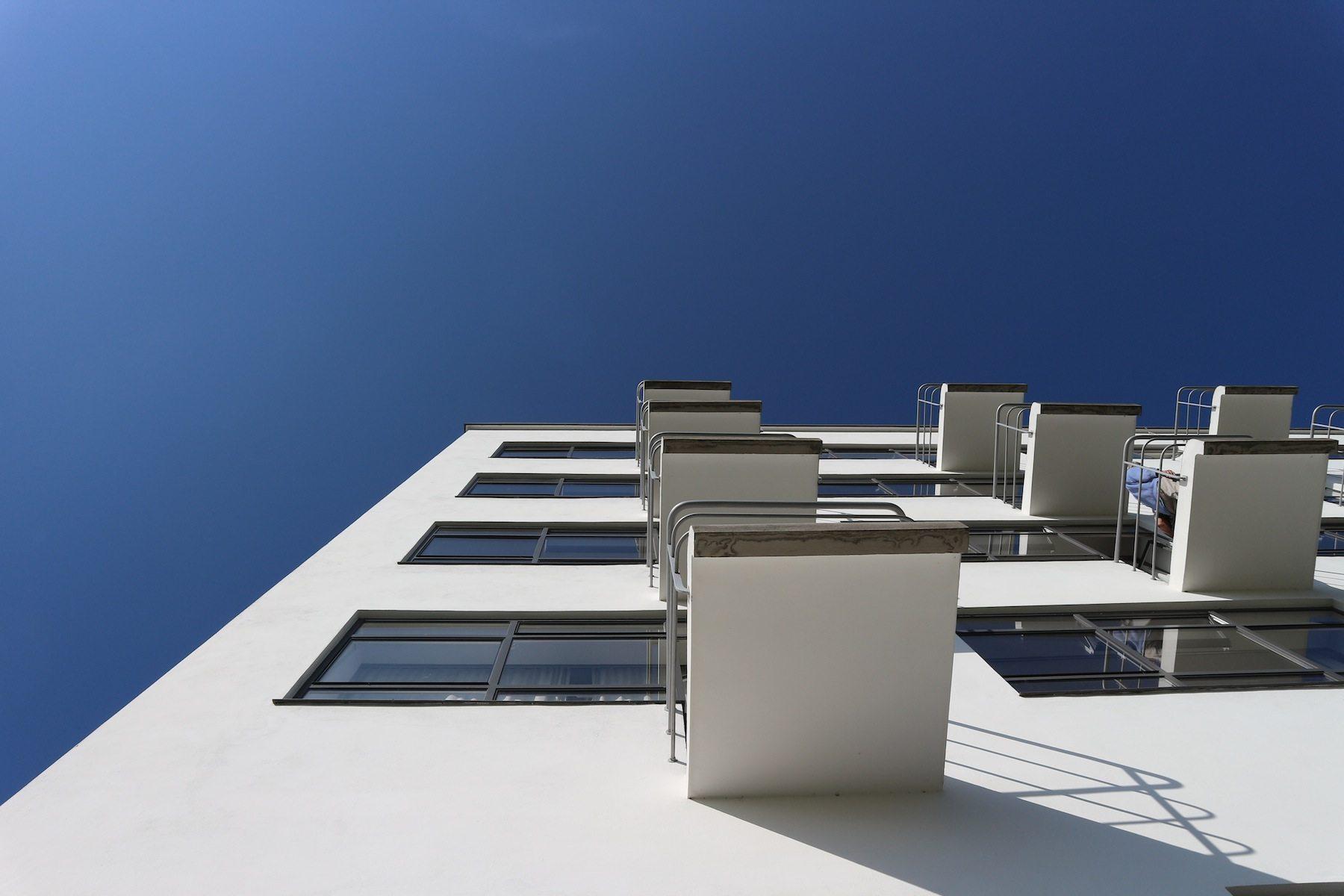 Perspektiven. Die Balkone des Atelierhauses.