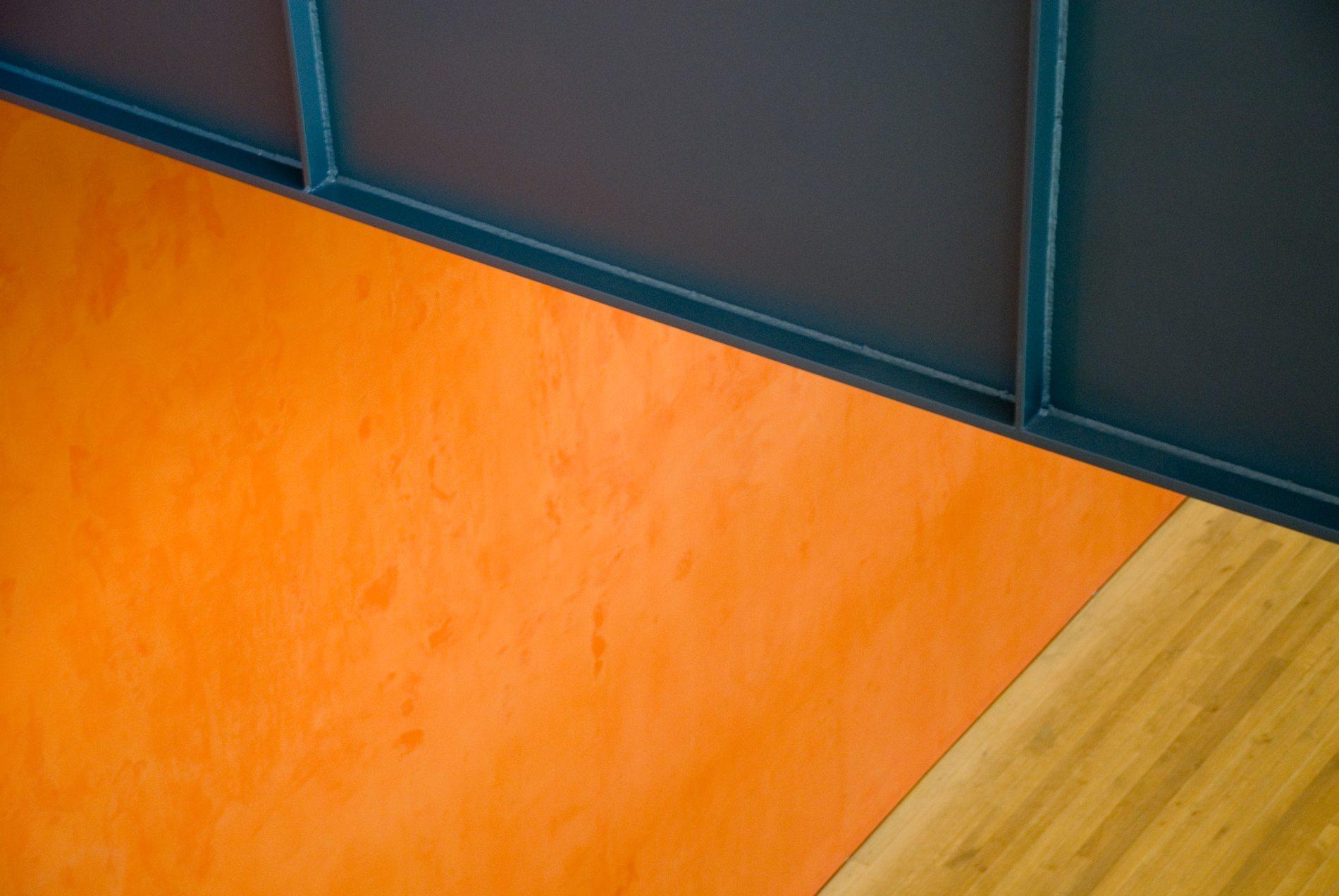 Zentrum Paul Klee. Materialienmix in der Ebene des Kindermuseums.