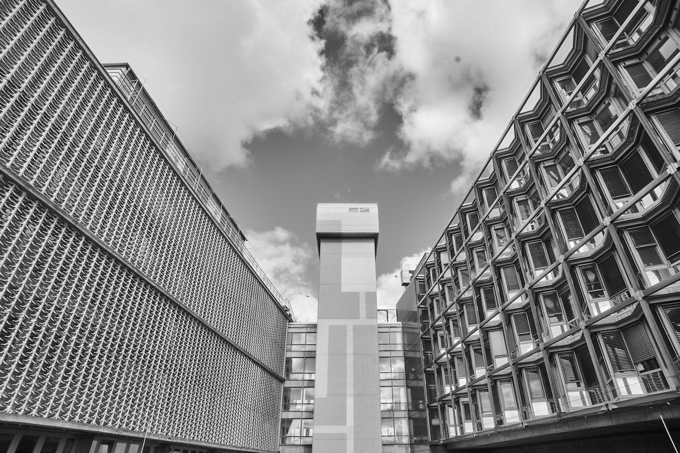 Brutalist Berlin von Denis Barthel