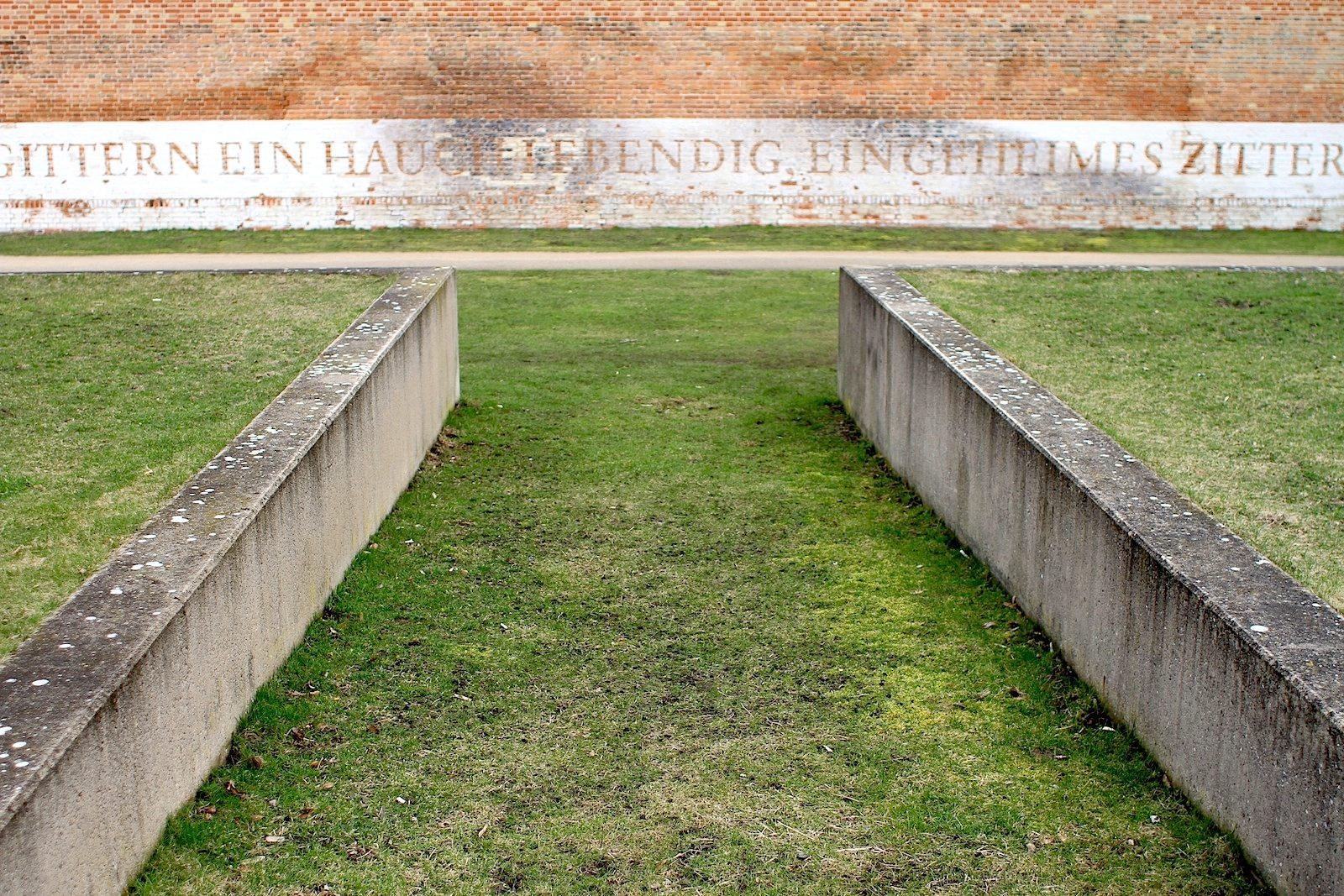 Auszeichnung.  In Zusammenarbeit mit Anwohnern, vor allem auch mit Kindern und Jugendlichen, konnte eine Parkanlage entstehen, die mit dem Deutschen Landschaftsarchitekturpreis 2007 ausgezeichnet wurde.