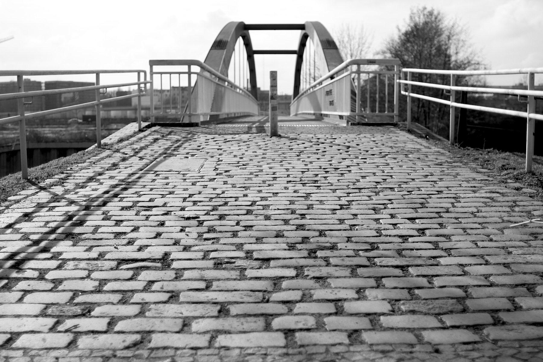 Kieler Brücke, Nordhafen, Berlin.
