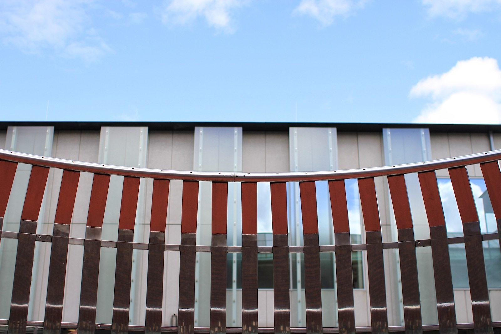 Museum Boijmans van Beuningen. Die Installation Apollo von Olaf Nicolai, geboren 1962 in Halle a. d. Saale. Er lebt und arbeitet in Berlin.