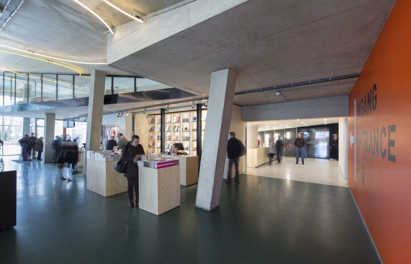 Kunsthal Rotterdam. Die Kunsthal wurde 1992 fertiggestellt und 2014 – nach einer mehrmonatigen Sanierung – wiedereröffnet.