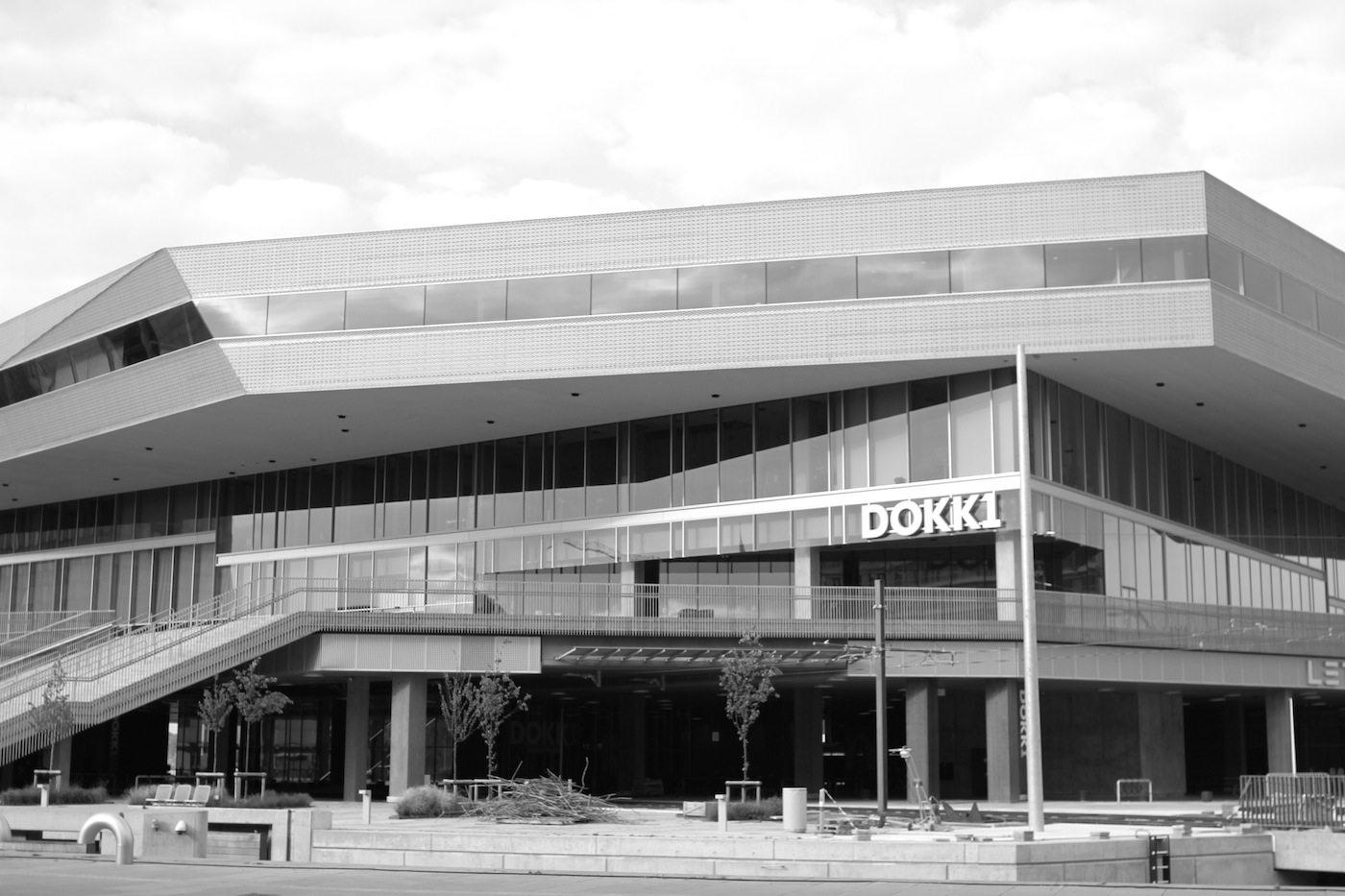 Dokk1. Die Architekten beschreiben das 35.000 Quadratmeter große Gebäude als moderne Hybridbibliothek ...