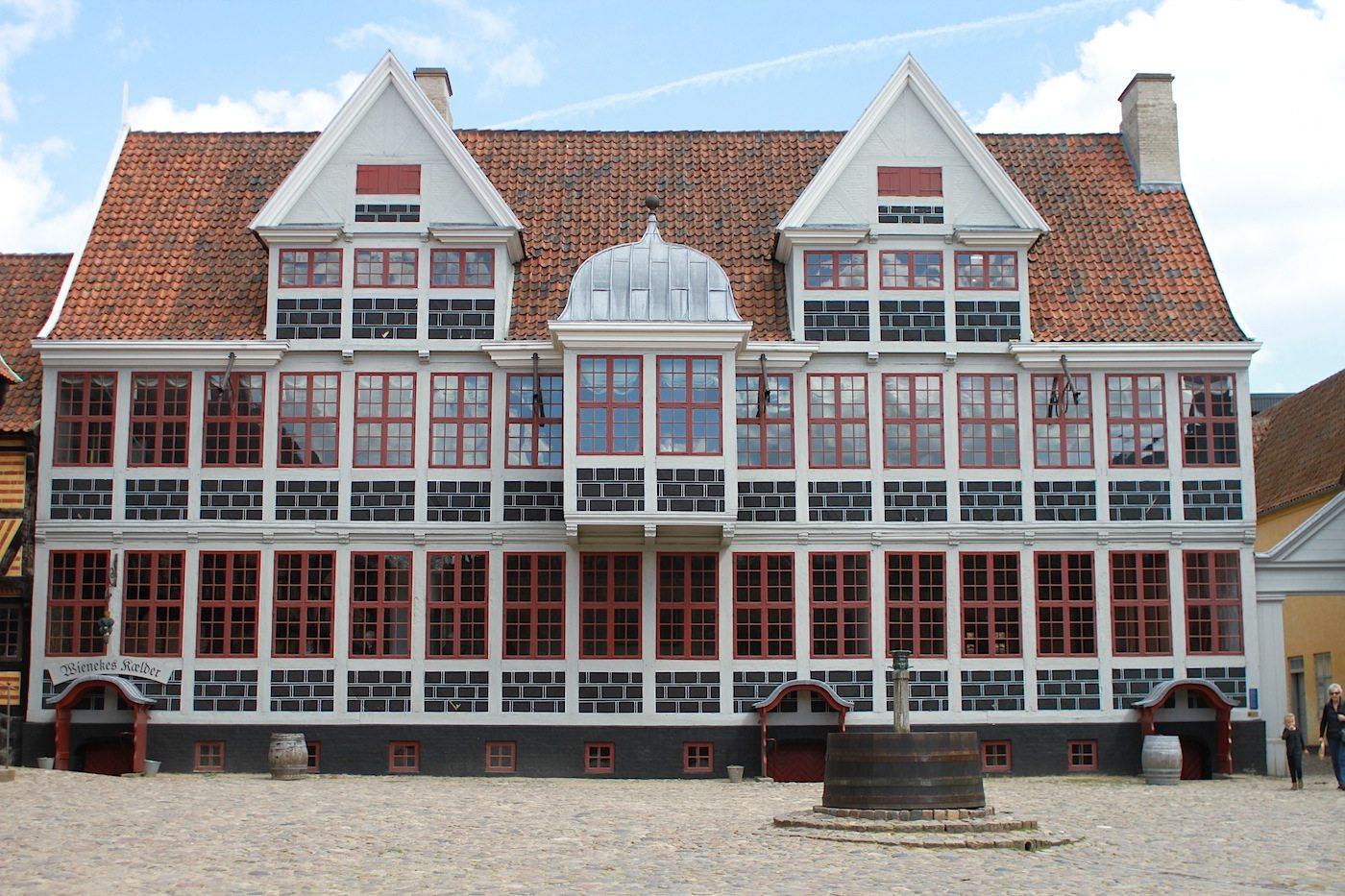 Den Gamle By. Das Freilichtmuseum wurde von Peter Holm Anfang des 20. Jahrhunderts gegründet.