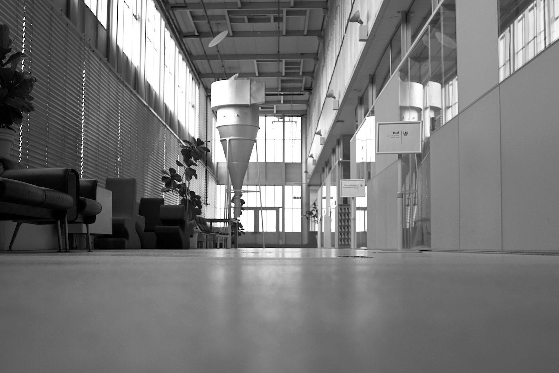 Klarheit. Helligkeit und Großzügigkeit der Räume sind kennzeichnend für die Innengestaltung.