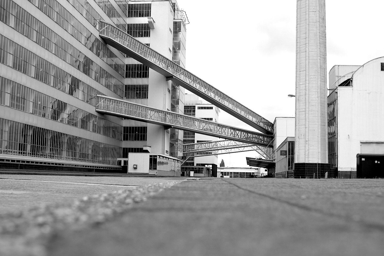 Verbundenheit. In den Brücken befanden sich Transportbänder für Tee, Kaffee und Tabak.