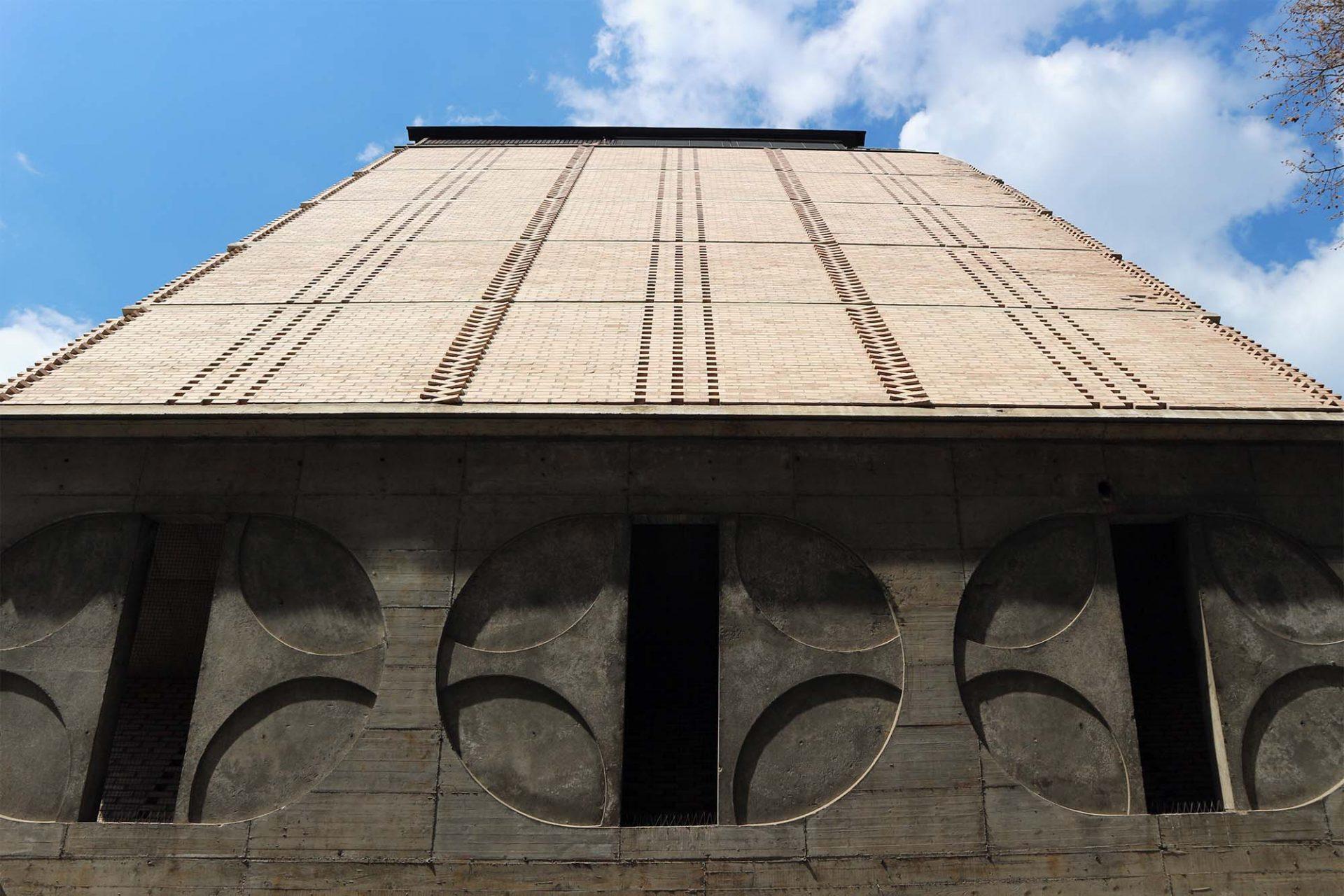Ferantov Vrt.  Auch hier legte er besonderen Wert auf eine differenzierte Fassadengestaltung.