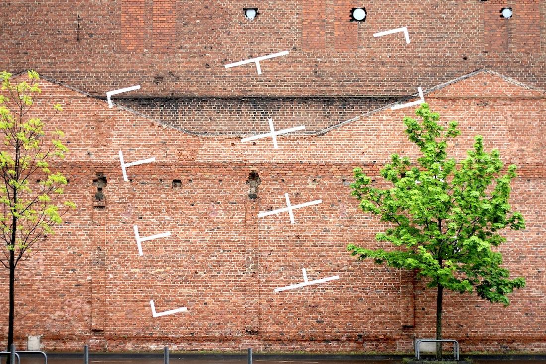 KunstWerk Köln e. V..  Ab 1934 gingen durch Düsen gepresste Gummifäden in Massenproduktion. 1972 wurde die Anlage nach Konkurs stillgelegt und das Berufsbildungszentrum der Stadt Köln zog ein. Seit 1995 befindet sich in dem denkmalgeschützten Bau das KunstWerk Köln e. V.