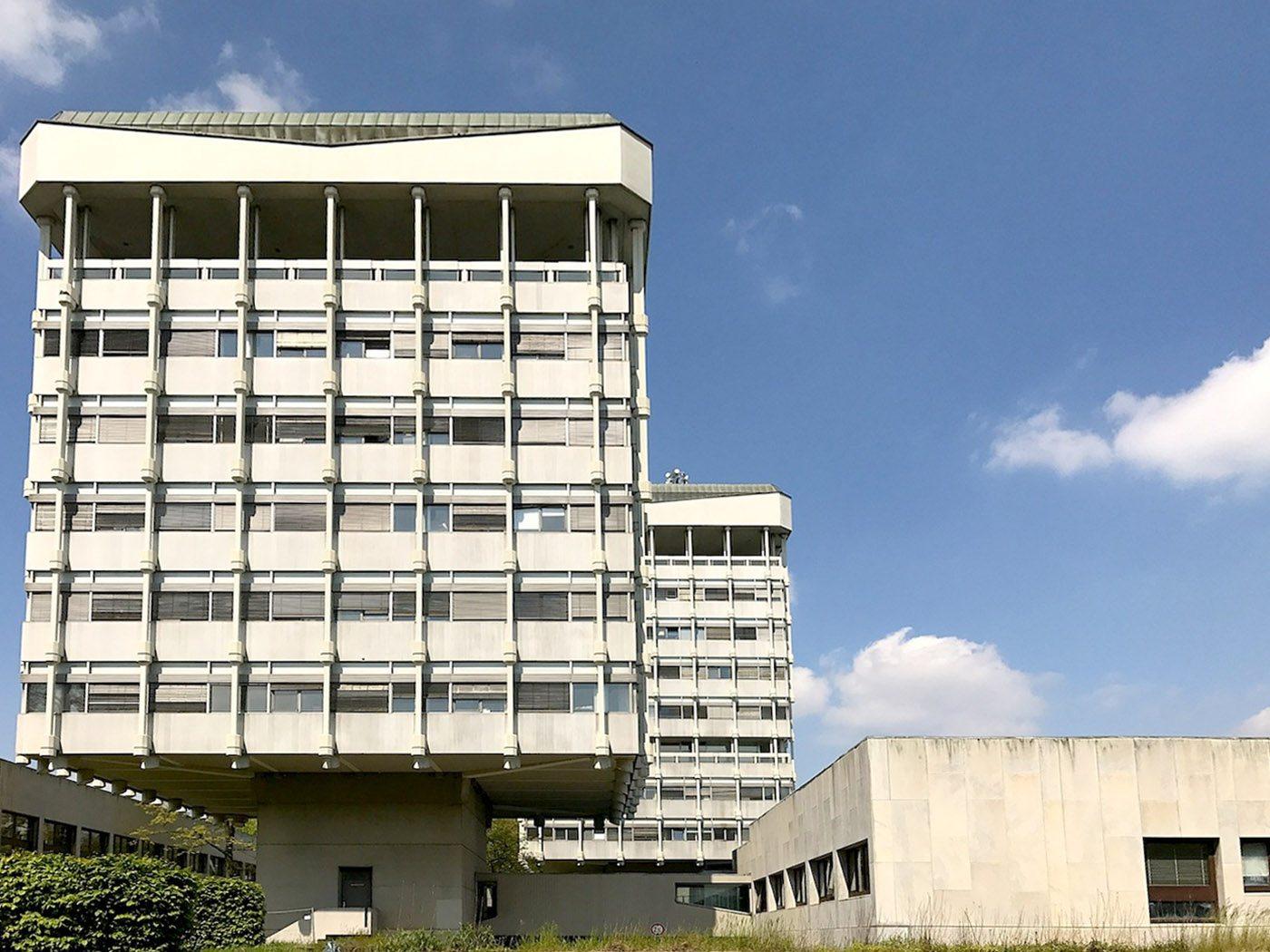 Rathaus Marl. Der Gebäudekomplex steht am Creiler Platz Nr. 1, benannt nach der französischen Partnerstadt Creil.