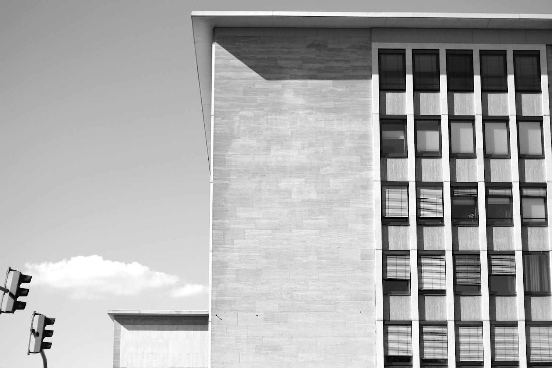Symmetrie. An der Maximilianstraße